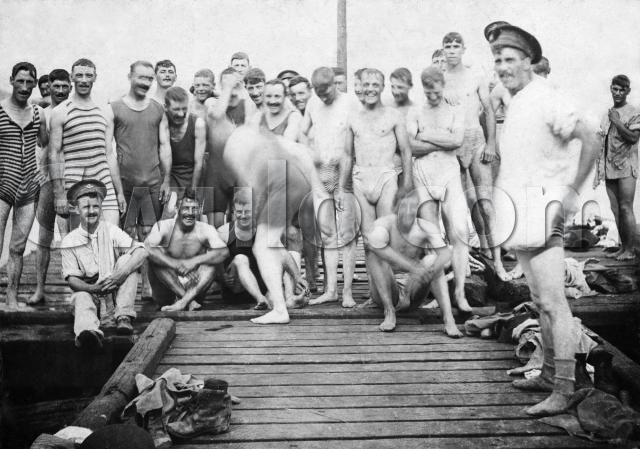 1907 Soldiers swimming