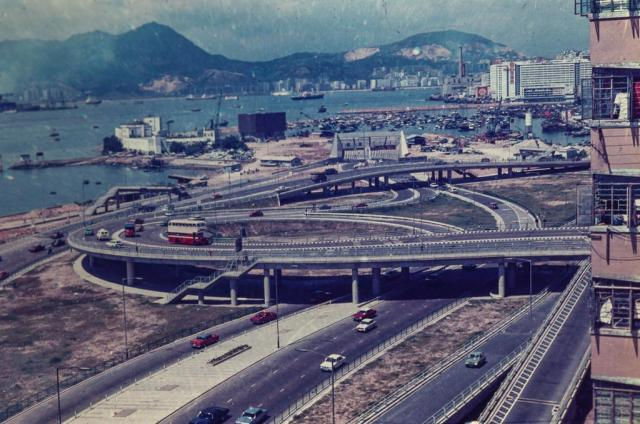 Hong Kong, Cross Harbour Tunnel, Hong Kong Entrance