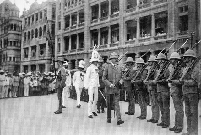 Arrival of Field Marshal Kitchener at Blake Pier 1909