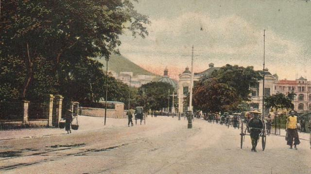 1910s Queensway near Murray House looking towards City Hall