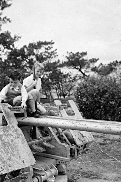 Playing on the Anti-Aircraft Gun at Stonecutters Island