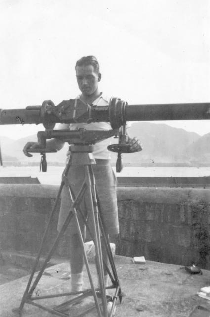 Jim with Height- and Range-finder at Signal Hill