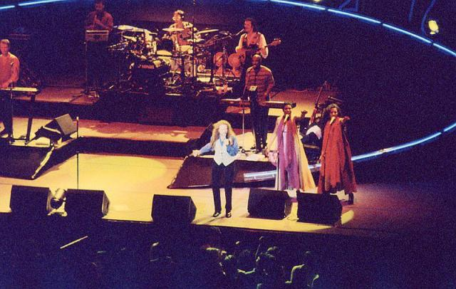 1992 - Simply Red in concert at Colisseum