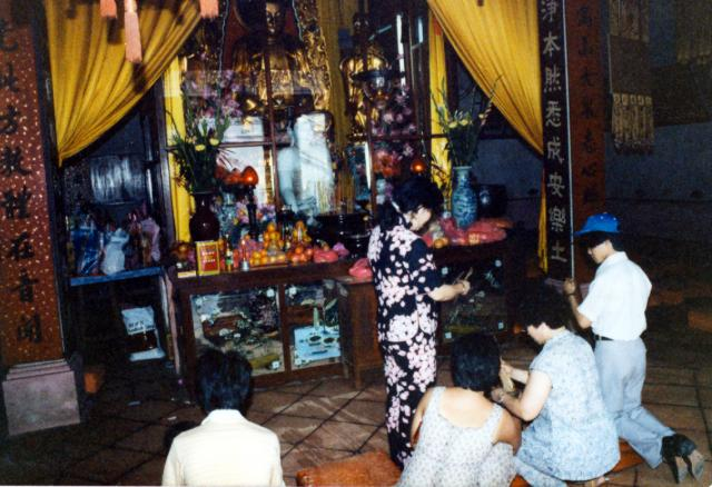 Fortune telling at Po Lin Monastery