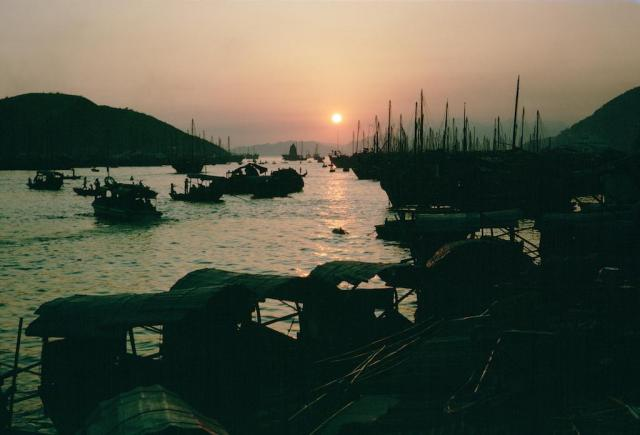 1964 HK 79 Aberdeen sunset.jpg
