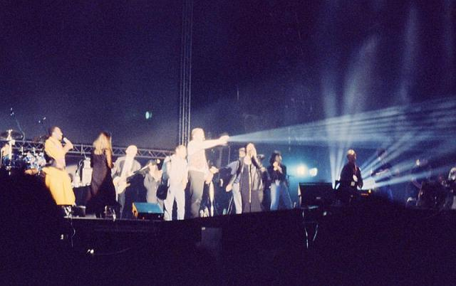1994 - Peter Gabriel in concert at Hong Kong Stadium