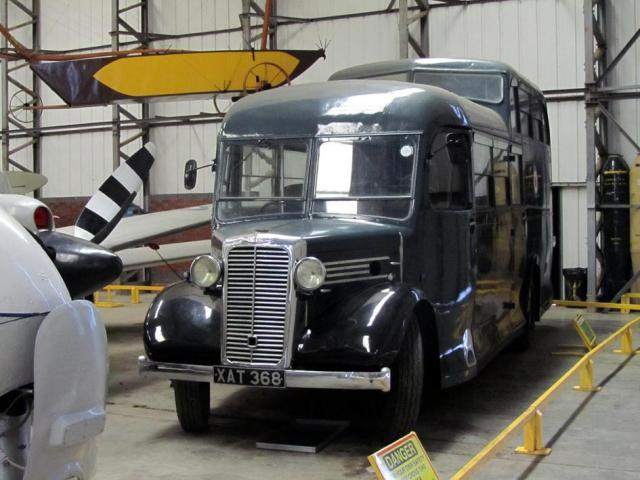 Commer Crew bus a.