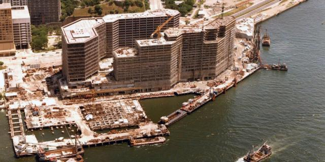 Kowloon-New World Centre-construction-aerial-1973