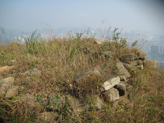 Shek Lung Kung Beacon - close view