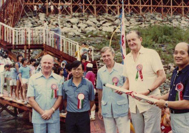 June1981 - Stephen WONG Yuen Cheung with Lord MacLehose of Beoch (25th Gov of HK)