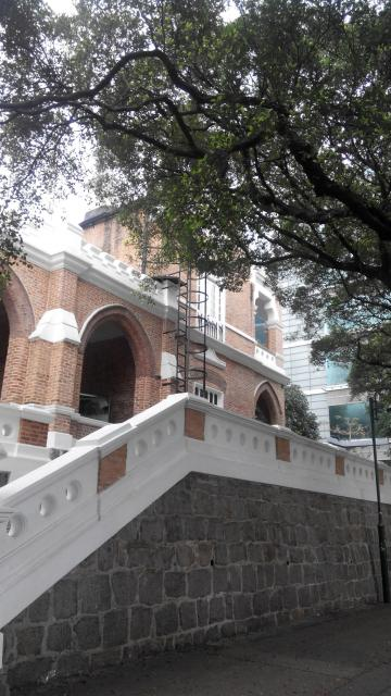 Kowloon British School front steps 2016