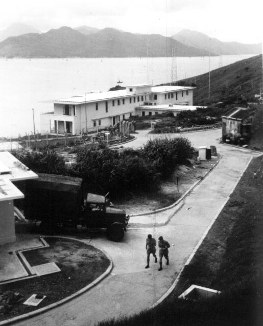 LSW pre war building on right 1952.