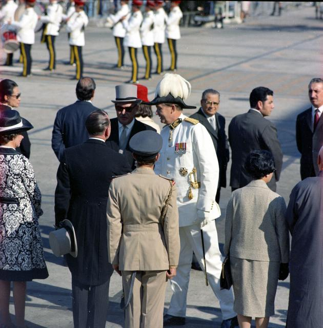 Sir Murray MacLehose, Arrival in Hong Kong 1971