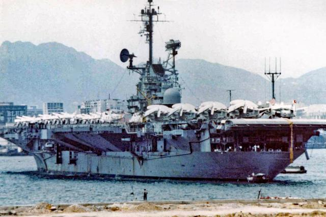 US NAVY-Aircraft Carrier-off Wanchai-1968