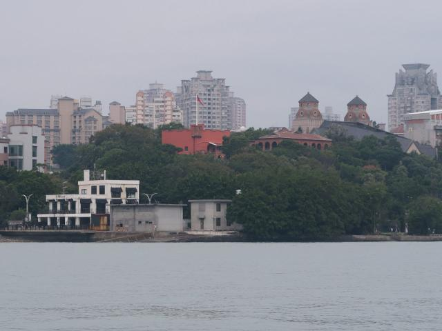 Fort Antonio & British consul's residence at Tamsui