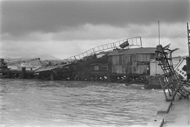 Wing Lok Wharf after Typhoon Rose 1971