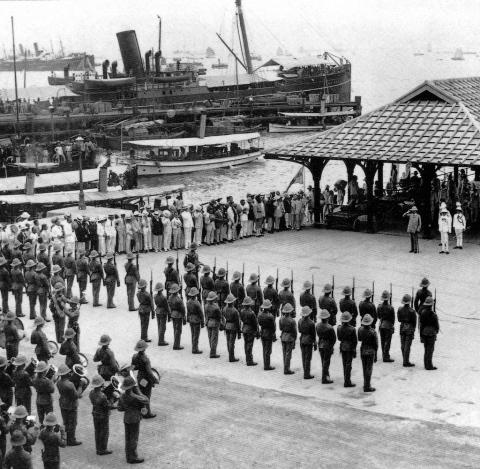 Field Marshal Kitchener arrives at Blake Pier in Hong Kong. 1909