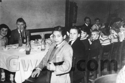 1950s (?) Children's party