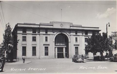 44  Union Station (Trains), Regina SK (1940s)
