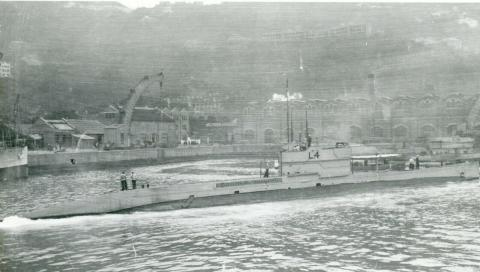 L4 Submarine in Naval basin