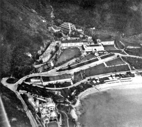 Repulse Bay Hotel plus EUCLIFFE mansion-aerial-1935