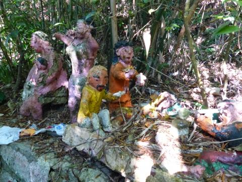 Wilson Trail Stage 3 Statues