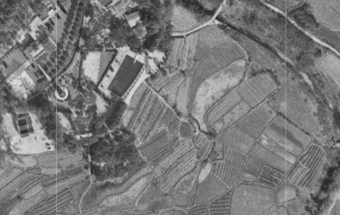 Yick Yuen 1963 Photo and 1952 Map.png