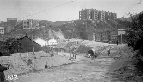 Road works at Taikoo Sugar Refinery