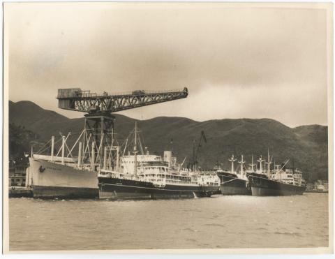 1950s SS Taiping, MV Eastern, MV Nellore at Taikoo
