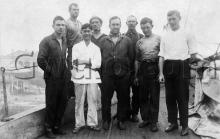 c.1910 Ship's crew at Hong Kong