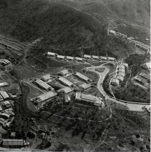 Queen's Hill Barracks in Lung Yeuk Tau. = 龍躍頭皇后山軍營 1964