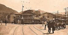 Street_scene_with_trolley_Hong_Kong_China_ca1920