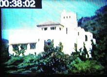 Query: Photo 2 -House on hill near Repulse Bay 1950s - Attn 88hk