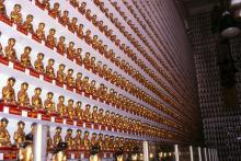 2000 - Ten Thousand Buddhas Monastery