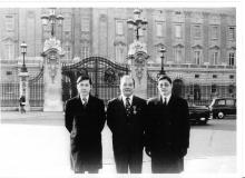 Stephen WONG Yuen Cheung (1972) at Buckingham Palace.jpg