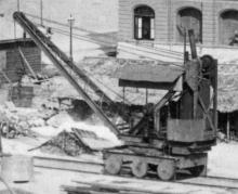 Steam crane on rails