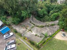 Luso Apartments - Small plot of land fenced off