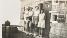 Freddie Neale, his wife and daughter with Pixie Smith on right 1