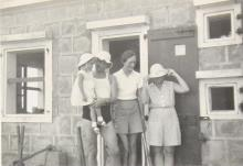 Freddie Neale with his wife and daughter with Pixie Smith on right 2
