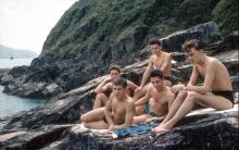 Little Sai Wan. Pals on the sunbathing rocks
