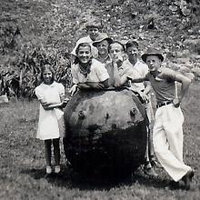 c.1940 The luckiest children on Cheung Chau