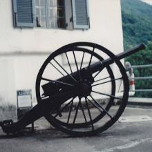 Police Museum Tai Po Field Gun at Coombe Road, Wanchai Gap