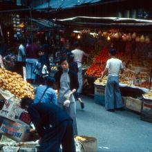 Central, street market off Queens Road