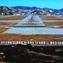 Kai Tak-runway 13-extension pad-pilot's view