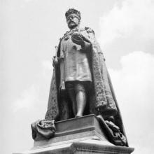 Statue of King Edward VII in Statue Square